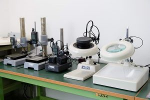 試験片測定設備4
